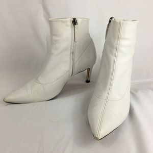 d5c30a143 Zara 2018 White Leather Pointed Toe Booties 37 6.5